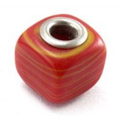Červený korálek L0119    KOSTKA