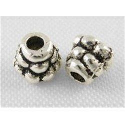 Kovový korálek stříbrné barvy L0862  -  bal. 2 ks