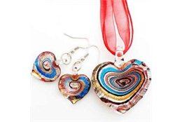 Srdíčkový set náhrdelníku a náušnic červené barvy L2143