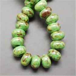 Porcelánový korálek, zelený L2529