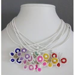 Náhrdelník ze skleněných perlí
