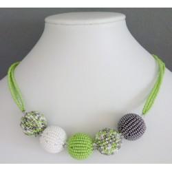 Náhrdelník ze skleněných perlí K0033