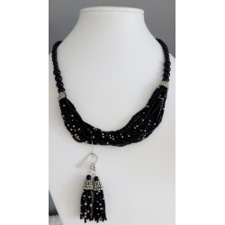 Set náhrdelník a náušnice ze skleněných perlí